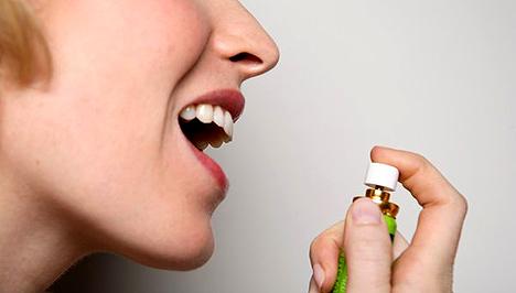 miért van büdös szag a szájból)