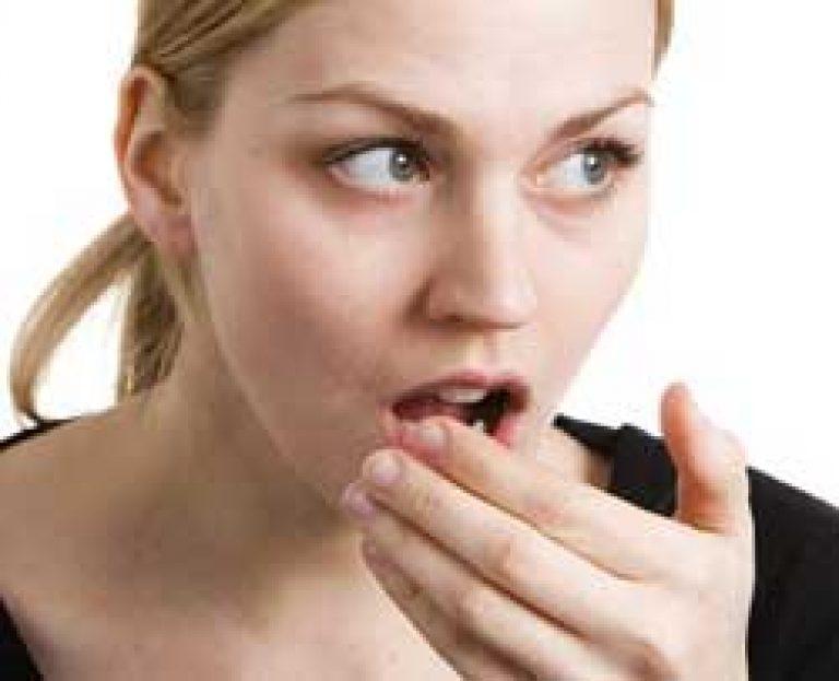 Aceton szaga a nők szájából. WEBBeteg szakértő válasza a acetonos lehellet témában