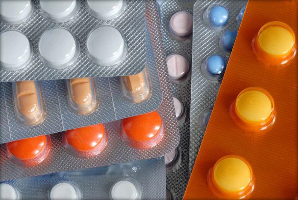 a stimuláló gyógyszerek hatása a testre típusú férgek a belekben