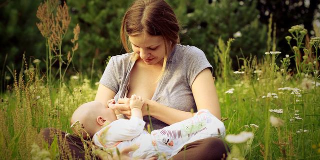 féregkezelés szoptató anya számára