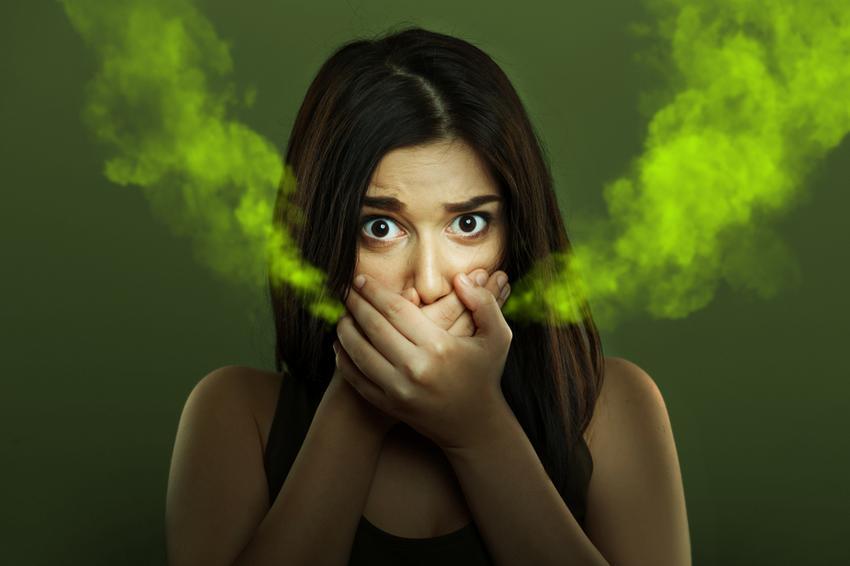 A gumi szájszag okai. 7 szagos tünet, ami bajt jelez